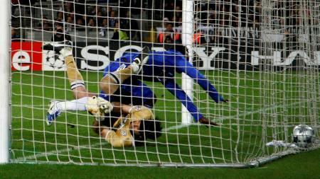 Chelsea's Michael Essien  (Foto: Tony Gentile/REUTERS)