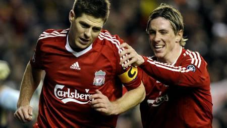 LOJAL: Gerrard vil fortsette i Liverpool ut karrieren. (Foto: RAFA RIVAS/AFP)