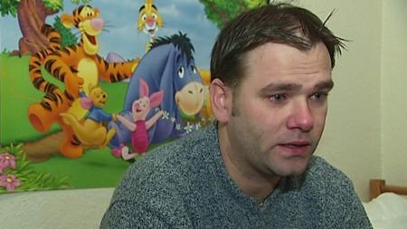 Barnas far er overbevist om at det er økonomiske grunner bak kidnappingen.