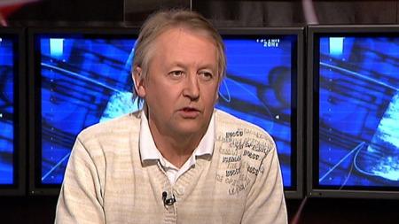 Gynekolog Ottar Rekkedal hevder abortnemda innvilger aobort med små avvik. (Foto: TV 2)