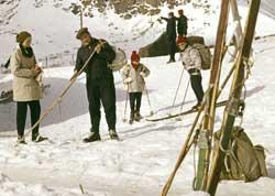 Utstyret var enkelt da fjellvettreglene ble laget. (Foto: Thorberg / NTB / Scanpix )