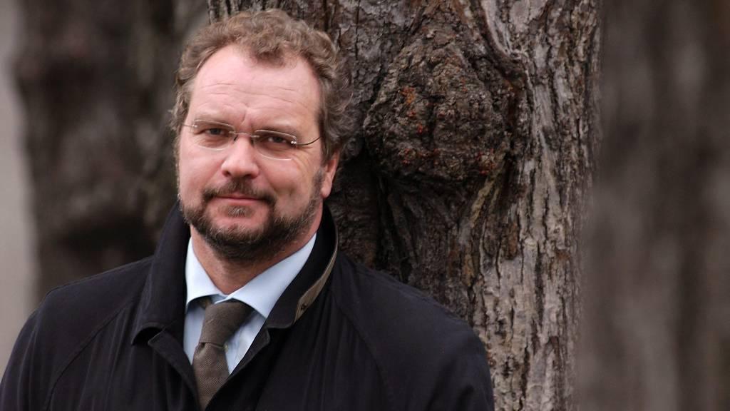Partileder Lars Sponheim vurderer å be om en en avklaring fra danske Venstre etter at partiet nå gjør helomvending og omfavner Frp.  (Foto: Venstre/Venstre)