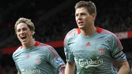 SUPERDUO: Fernando Torres og Steven Gerrard er viktig brikker i Liverpools jakt på både Premier League- og Mesterliga-gull.  (Foto: ANDREW YATES/AFP)