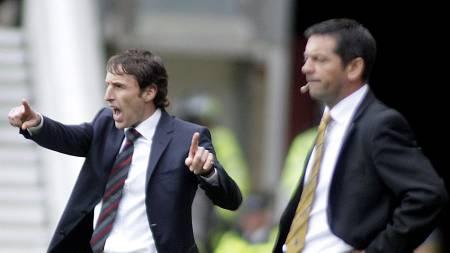 BUNNSTRIDSKAMERATENE: Gareth Southgate og Phil Brown sloss begge   for å unngå nedrykk. (Foto: GRAHAM STUART/AFP)