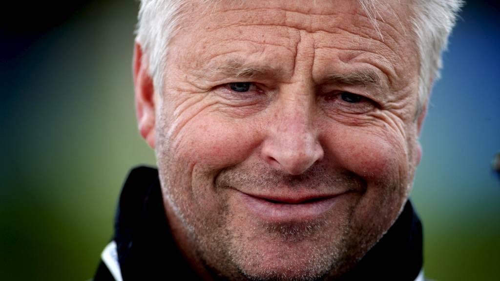 Arne Erlandsen er trener for Ullensaker/Kisa, og i dag bør det bli tre nye poeng for laget hans (Foto: Kallestad, Gorm/SCANPIX)