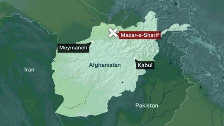 Offiseren er drept av en veibombe ca 7 km vest for Mazar e-Sharif.