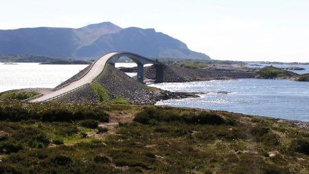 Atlanterhavsvegen (Foto: Sean Hayford O´Leary/Wikimedia Commons)