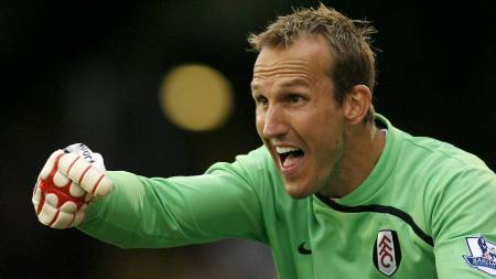 Mark Schwarzer - Fulham  (Foto: GLYN KIRK/AFP)