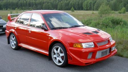 Mitsubishi-Lancer-Evolution (Foto: Daniel Kihlgren /Wikimedia GNU lisens)