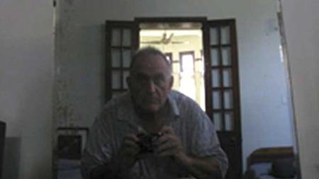 John Yettaw kom på uanmeldt besøk til fredsprisvinneren. Dette likte militærjuntaen i landet dårlig. (Foto: REUTERS/SCANPIX)