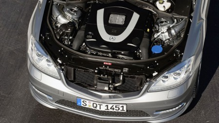 Mercedes-S400-Hybrid motor