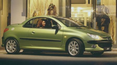 Peugeot-206-CC-tak-oppe