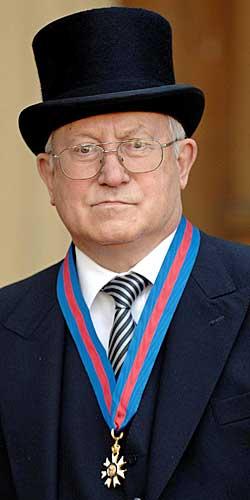 I oktober 2007 ble dobbeltagenten Oleg Gordijevskij hedret av dronning Elizabeth for sitt arbeid for britisk sikkerhet. (Foto: Fiona Hanson)
