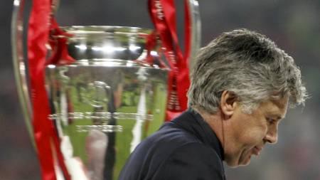 BITTERT TAP: Carlo Ancelotti glemmer aldri tapet mot Liverpool.   (Foto: FILIPPO MONTEFORTE/AFP)