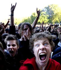 Fansen hyller Satyricon på Hove i 2008. (Foto: Tor Erik Schrøder   / SCANPIX)