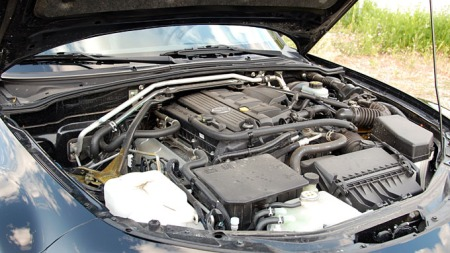 Vi kjører 2-literen, men hvis du går for 1,8-literen vil du   spare penger både ved innkjøp og i form av mindre avskrivninger. (Foto:   Sigmund Bade)