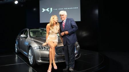 Jaguar XJ: Premiere med Elle Macpherson og Jay Leno.