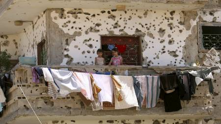 De israelske soldatene skal ha blitt beordret om å skyte mot hus eller mennesker som så mistenkelige ut.  (Foto: SAID KHATIB/AFP)