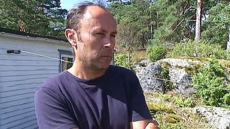 Preben Falser er en av eierne på øyen Såstein.
