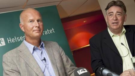 Fungerende direktør i Helsedirektoratet, Bjørn Guldvog, og overlege Hans Blystad ved Folkehelseinstituttet sier svineinfluensaen er ufarlig for de fleste av oss.  (Foto: Thomassen, Christian/SCANPIX)