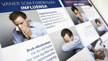 SVINEINFLUENSA: Informasjonsmateriell fra helsemyndighetene om forholdsregler i forbindelse med influensa A (H1N1 / Svineinfluensa ). (Foto: Thomassen, Christian/SCANPIX)