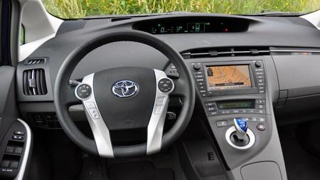 STOPP: Salget av Toyota har stupt de siste månedene på grunn av sikkerhetsproblemene. Nå stopper de produksjonen i en rekke europeiske land. (Foto: Gunnar Omsted)