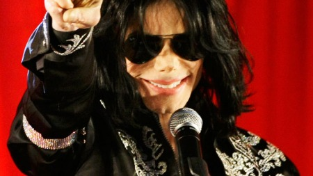 U.S.   pop star Michael Jackson gestures during a news conference at the O2   Arena in London in this March 5, 2009 file photo. The news conference   to announce his upcoming series of concerts in London was his last official   appearance. Jackson died from a lethal dose of the powerful anesthetic   propofol given in a cocktail of drugs, leading authorities to suspect   his doctor of manslaughter, court documents showed on August 24, 2009.   REUTERS/Stefan Wermuth/Files (BRITAIN ENTERTAINMENT SOCIETY)