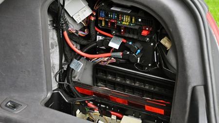 Det er mye og avansert elektronikk i 7-serie (Foto: Gunnar Omsted)