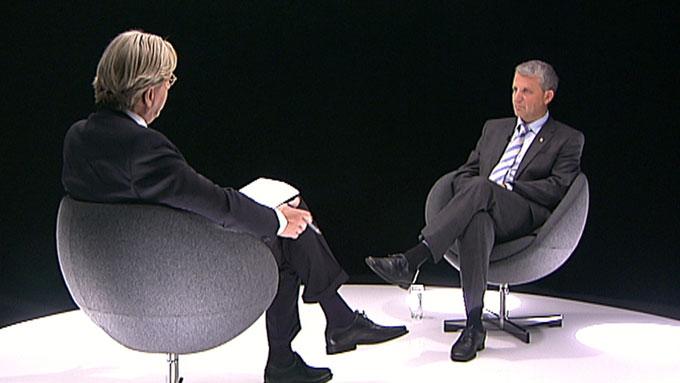 Mandag kveld møtte Dagfinn Høybråten i TV 2s valgstudio for partilederutspørring.  (Foto: TV 2)
