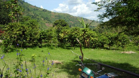 IKKE BRUK: Kongo-Motorsykkel-og-hills (Foto: PRIVAT)