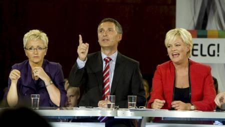 Fra venstre: Liv Signe Navarsete (Sp), Jens Stoltenberg (Ap)   og Kristin Halvorsen (SV) under NRKs partilederdebatt i Samfunnssalen   fredag kveld. (Foto: Junge, Heiko/Scanpix)