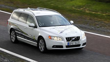 V70 var første forsøkskanin for Volvos plug-in hybrid konsept.   Nå har V60 overtatt. (Foto: Fred Magne Skillebæk)