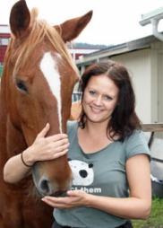 Aina Kinn Larsen koste seg på ride-date med Calle Breen i «Jakten på kjærligheten». (Foto: Lasse Sandaker-Nielsen)