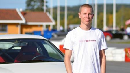 Eirik er skikkelig Honda-entusiast og har hatt tre Integraer   (Foto: Sigmund Bade)