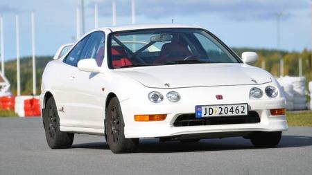 Bilen har en karakteristisk front (Foto: Sigmund Bade)