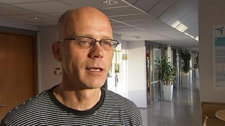 Overlege ved Folkehelseinstituttet, Bjørn Iversen mener vaksinen er helt trygg.