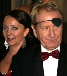 Marianne Westby og Karl Sundby er blant skuespillerne som er med i «Hotel Cæsar»-episode 2000. (Foto: Tore Waskaas)