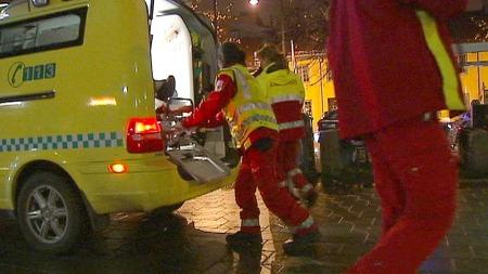 Knivstikking ambulanse Grønland (Foto: Benjamin Bakken/TV 2)