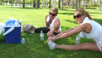 VENNINNETUR: Lene Alexandra Øien dro på ferie med venninne Ida.