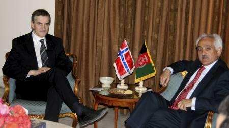 Utenriksminister Jonas Gahr Støre og hans afghanske kollega Rangeen Dadfar Spanta under møtet i Kabul onsdag. (Foto: Marte Kopstad/UD/Handout//Scanpix)