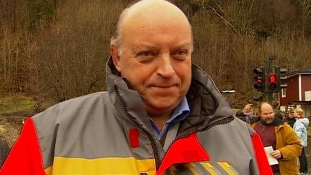 ¿ Jentene ga oss et ekstra puff, sier Hans Jan Håkonsen er distriktssjef i Statens vegvesen, Nedre Buskerud distrikt. (Foto: Tv 2)