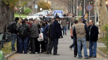 Skyteepisoden preger naturlig nok studentene på universitetet i Pecs. (Foto: FERENC KALMANDY/EPA)