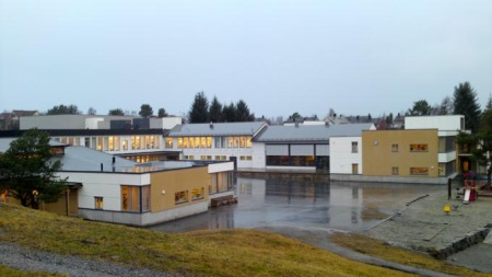 Blindheim barneskole (Foto: Arill Riise/TV 2)