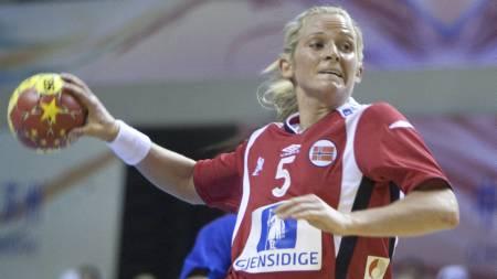 SOLID VM-DEBUT: Ida Alstad scoret fem mål i sin VM-debut. (Foto: Kallestad, Gorm/Scanpix)