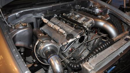 Mange vil kjenne igjen denne motoren. Men få har sett den i en Mitsubishi før!