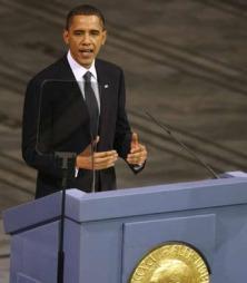 TALEN: Obama forsvarte kriger som middel til å nå fred. (Foto:   REUTERS/Kevin Lamarque / SCANPIX)