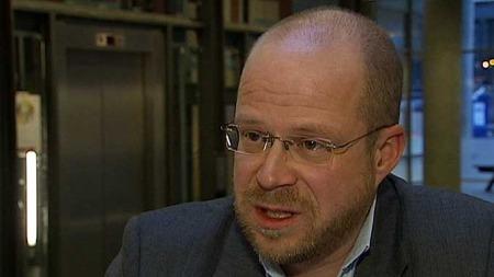 AvdelingsdirektørKarl Erik Sjøholt i UDI. (Foto: TV 2)