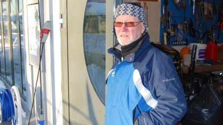 Per Aalborg tilbringer sin niende vinter i båt. (Foto: Lars Barth-Heyerdahl)