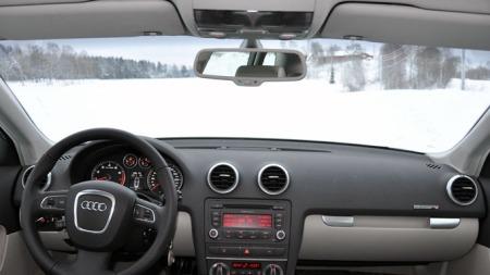 Typisk Audi dashbord (Foto: Sigmund Bade)