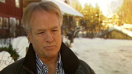 Advokat Petter Sørensen representerer 28-åringen som er varetektsfengslet i forbindelse med kidnappingen av en 26 år gammel kvinne i Bærum. (Foto: TV 2)